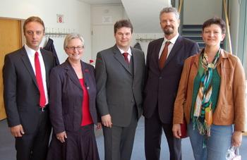 v.R. Saskia Esken, Gernot Erler, Andreas Röhm, Heike Birgit Damke und Macit Karaahmetoglu